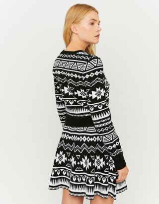 Black & White Jumper
